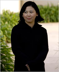 alone by yiyun li From 1990s china to present-day america, three friends are haunted by a decades-old mystery in yiyun li's latest novel.